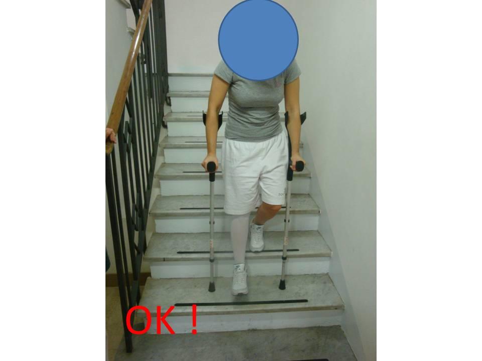 scende la gamba operata